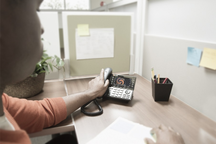 6 Reasons To Upgrade Your Business Phone System