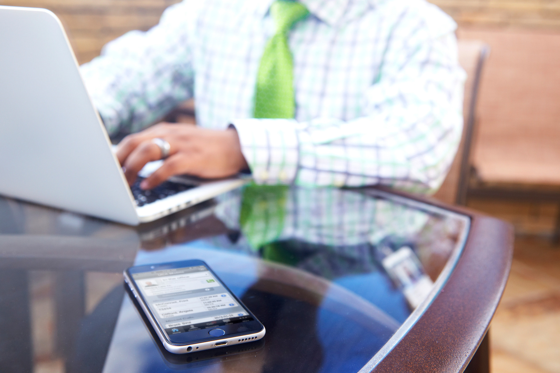 8 Factors to Consider When Implementing a Cloud Phone System